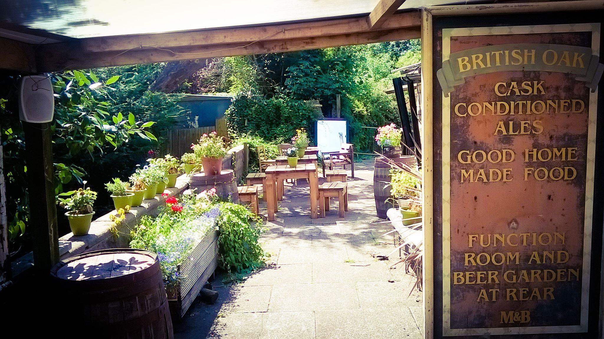 British Oak Stirchley beer garden