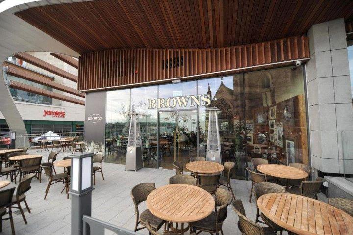Browns Restaurant & Bar