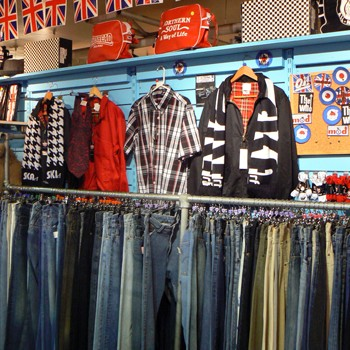 Revival-Vintage-Oasis-Market article