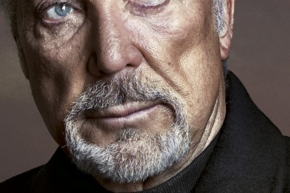 Sir Tom Jones Kickstarts New Tour with a Symphony Hall Debut!