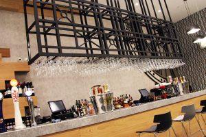 Bar Opus 24