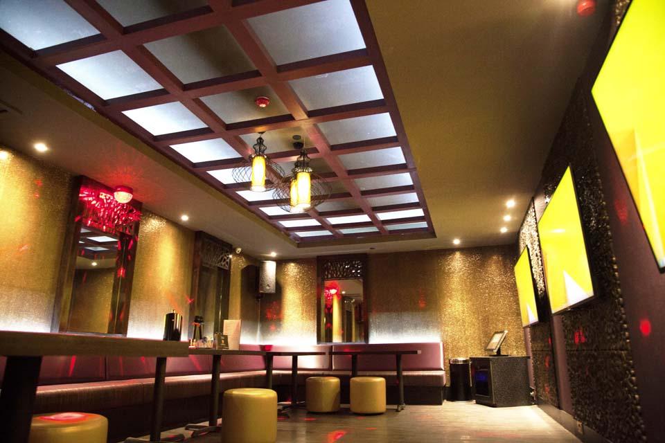 restaurant 6 (karaoke)
