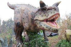 Dinosaurs return to the UK – taking over parks in London, Birmingham, Leeds and Glasgow this year